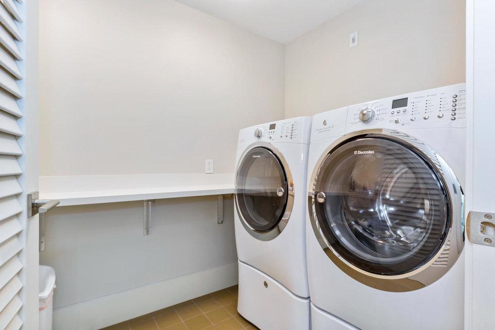 1108 Auahi St Unit 305-large-022-41-Anaha 305  Laundry copy-1500x1000-72dpi.jpg