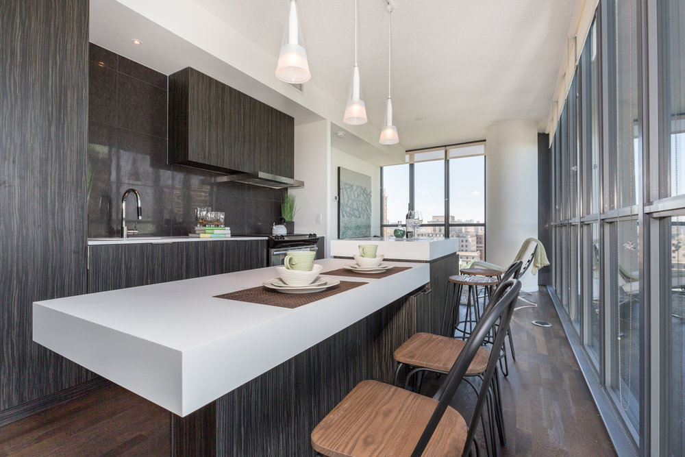 Condominium Kitchen Space