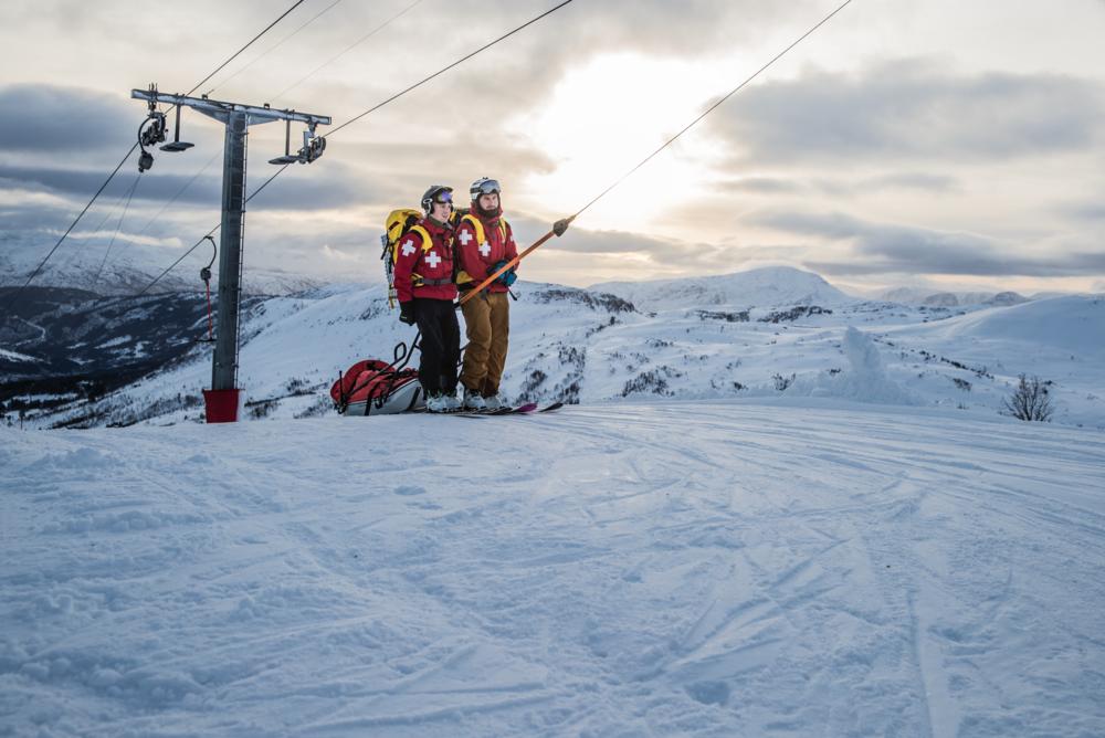 Skipatrulja på toppen av Hodlekveheisa 7. Januar 2017. foto: Håvard Nesbø