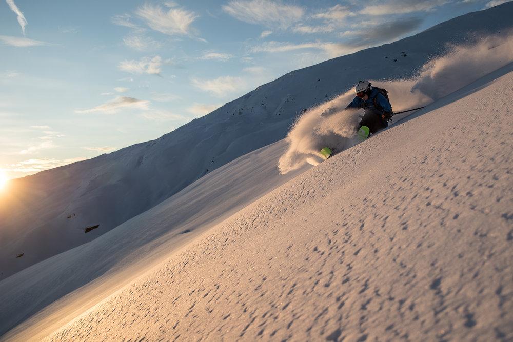 Martin Gilleshammer nyttar alltid nysnøen fullt ut ( Foto: Håvard Nesbø)