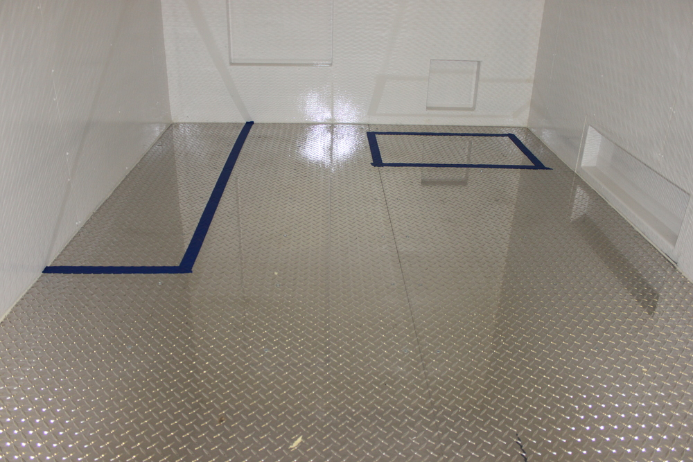 Custom Mods - Insulation and a diamond-plate floor