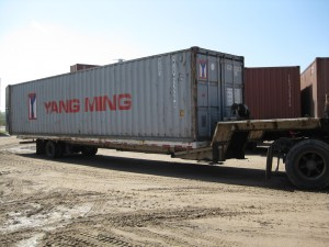 40' container on a truck