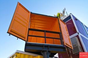2013-Las-Vegas-Downtown-Container-Market-1f-300x200.jpg