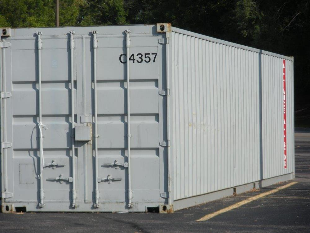40' container at an angle.jpg