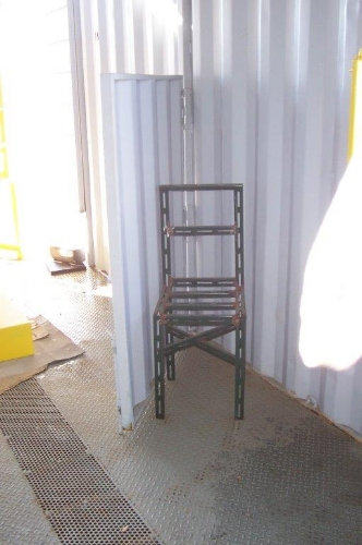 Fire training container with training chair and movable partition