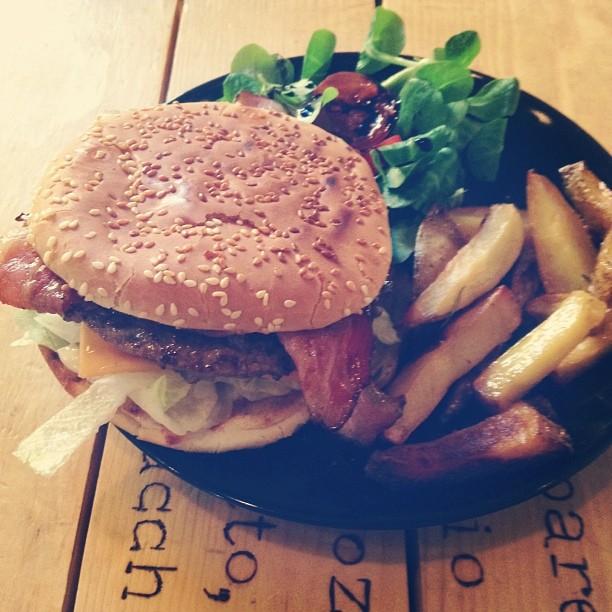 pai-torino-fridayburger-pranzo.jpg
