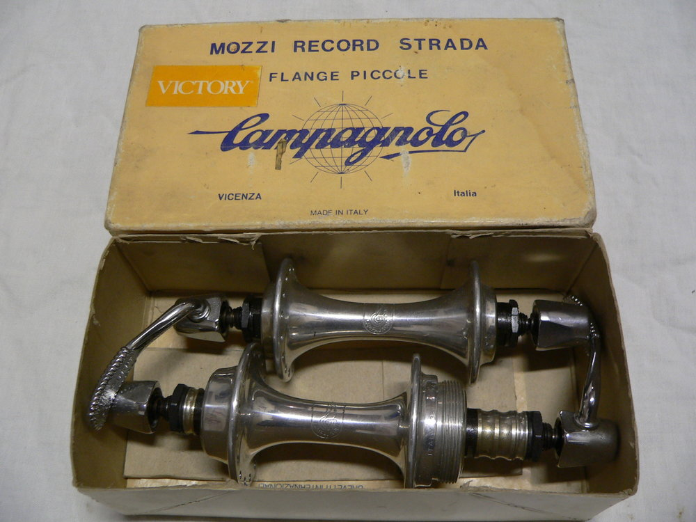 Mozzi Campagnolo Victory 32 fori NOS vintage road bike hubs ITA NIB