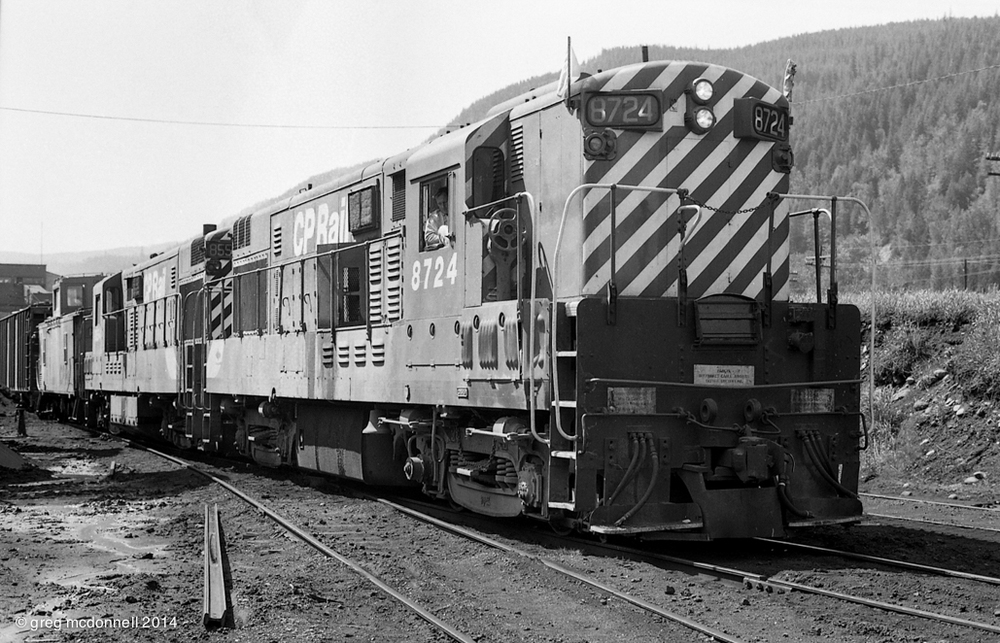CLCs and coal: Michel Switcher, with H16-44s 8724 and 8554, switches the coal tipple at Michel, B.C.