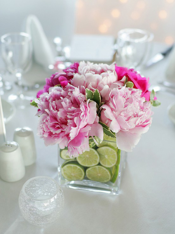 centerpieces-flowers-fruits.jpg