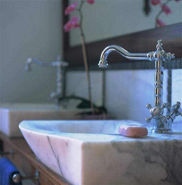 lavabos-para-un-cuarto-de-bano-arabe.jpg