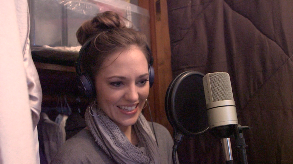 Laura Osnes1.png