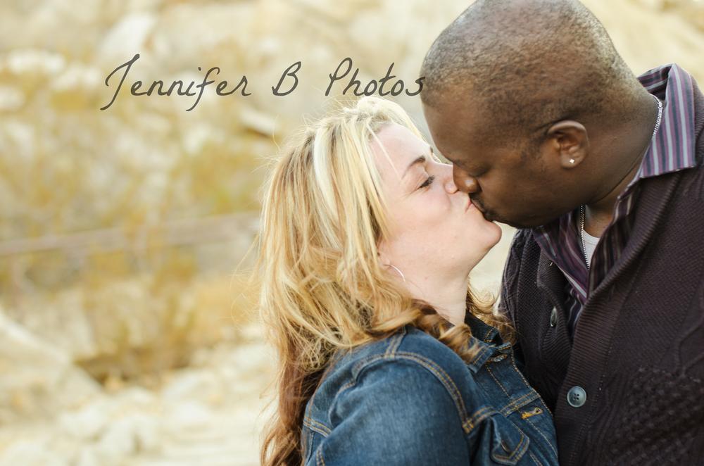 high_desert_couple_photographer_2.jpg