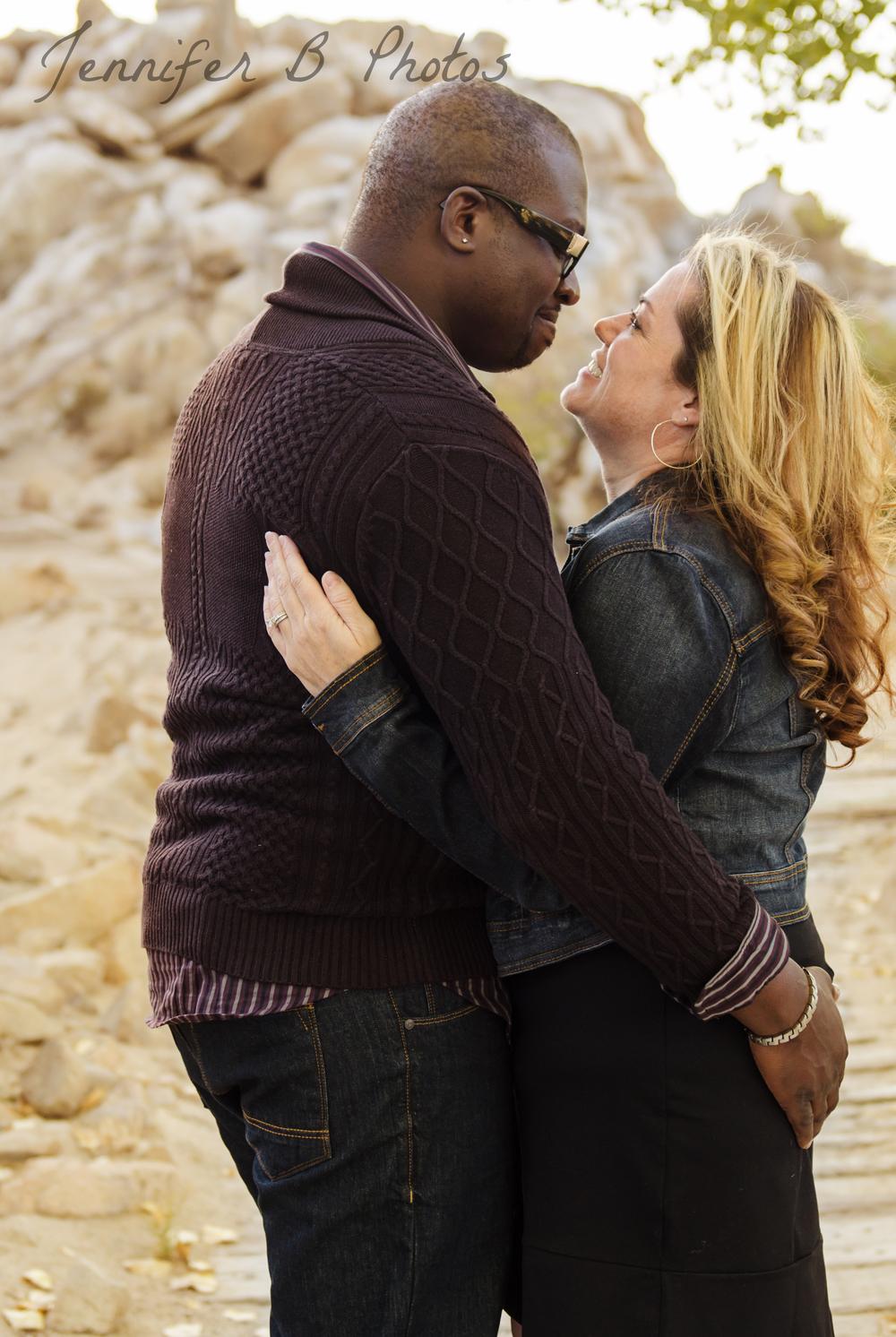 high_desert_couple_photographer_3.jpg