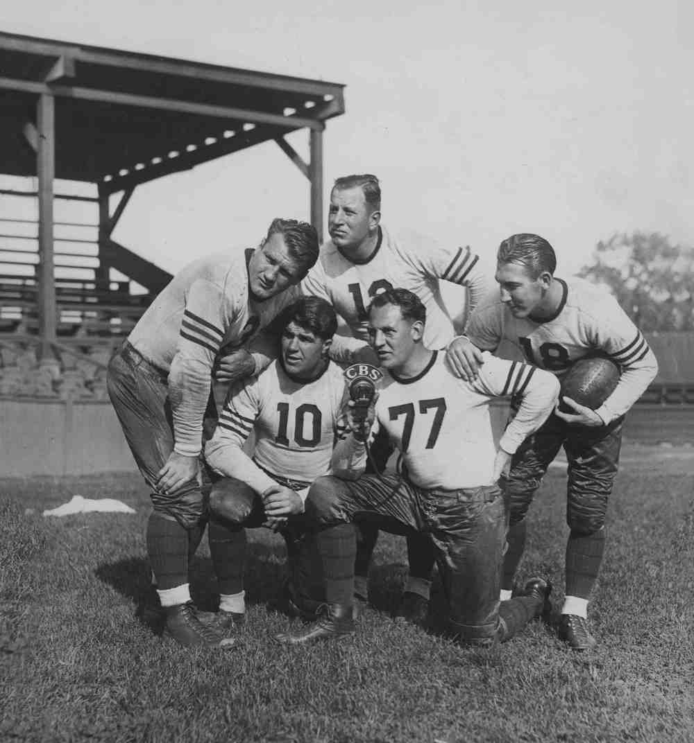 Chicago Bears Promotional Photo, Nagurski is far left.