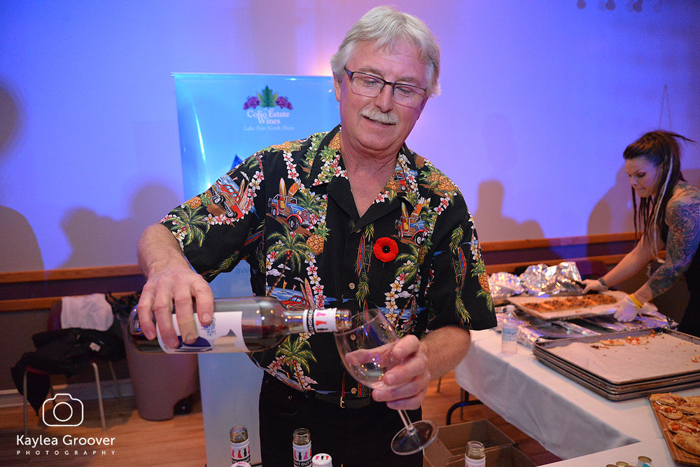 Colio. Terry pouring.jpg