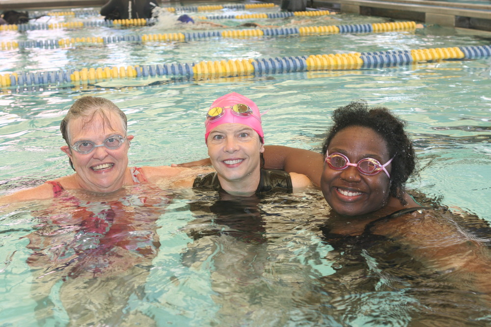 Kathleen with two new swimmers at the conclusion of the Beginner class.