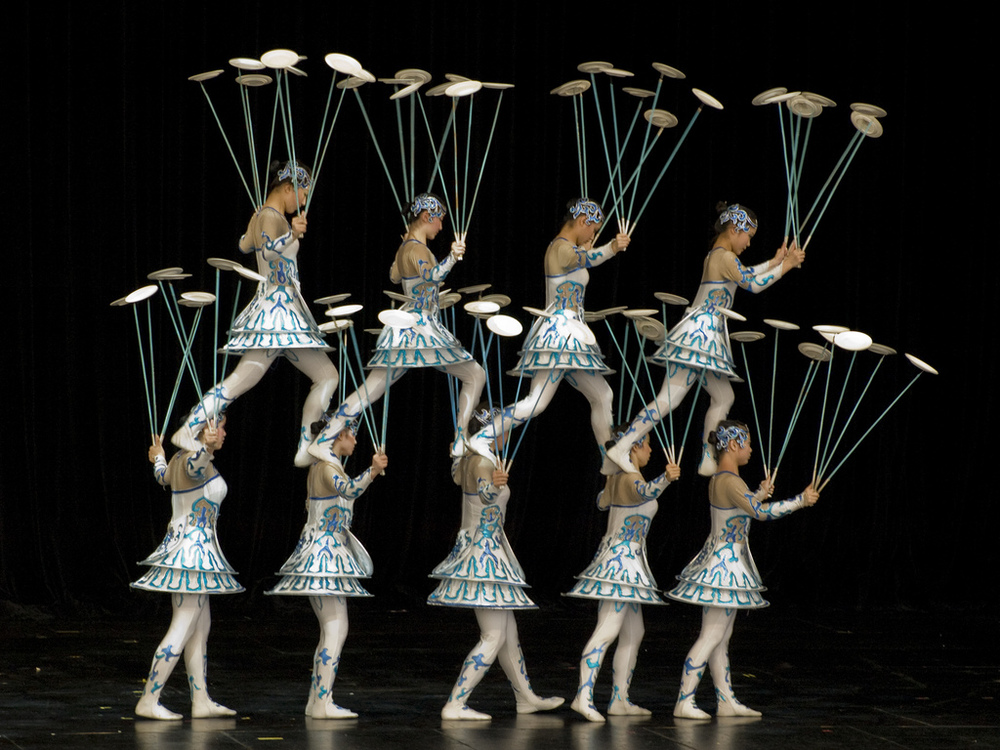 Chinese acrobats spinning plates.jpg