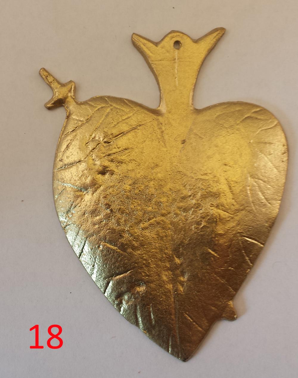 gold heart.jpg