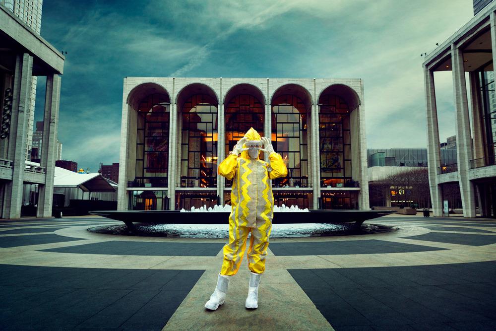 soooooo happy this isn't what you wear to the opera?