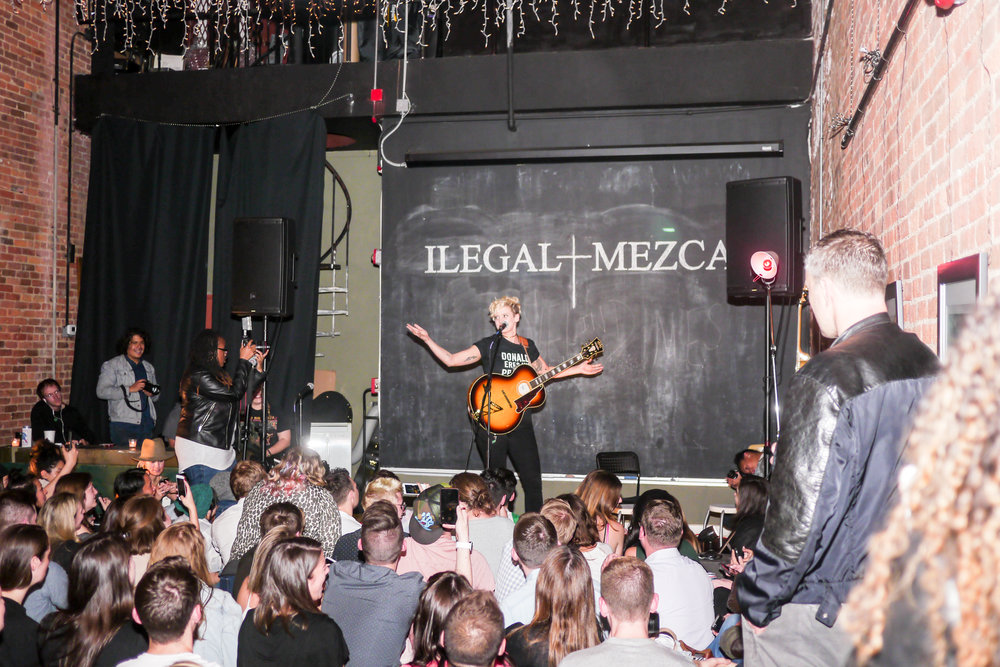 Ilegal Mezcal Betty Who Event by Clemence Poles8.jpg