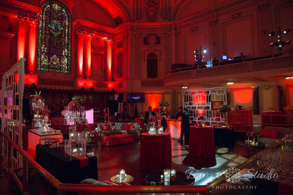 Chicago Style Wedding Magazine: Red Party