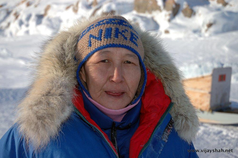 13-Inuit.lady1.JPG