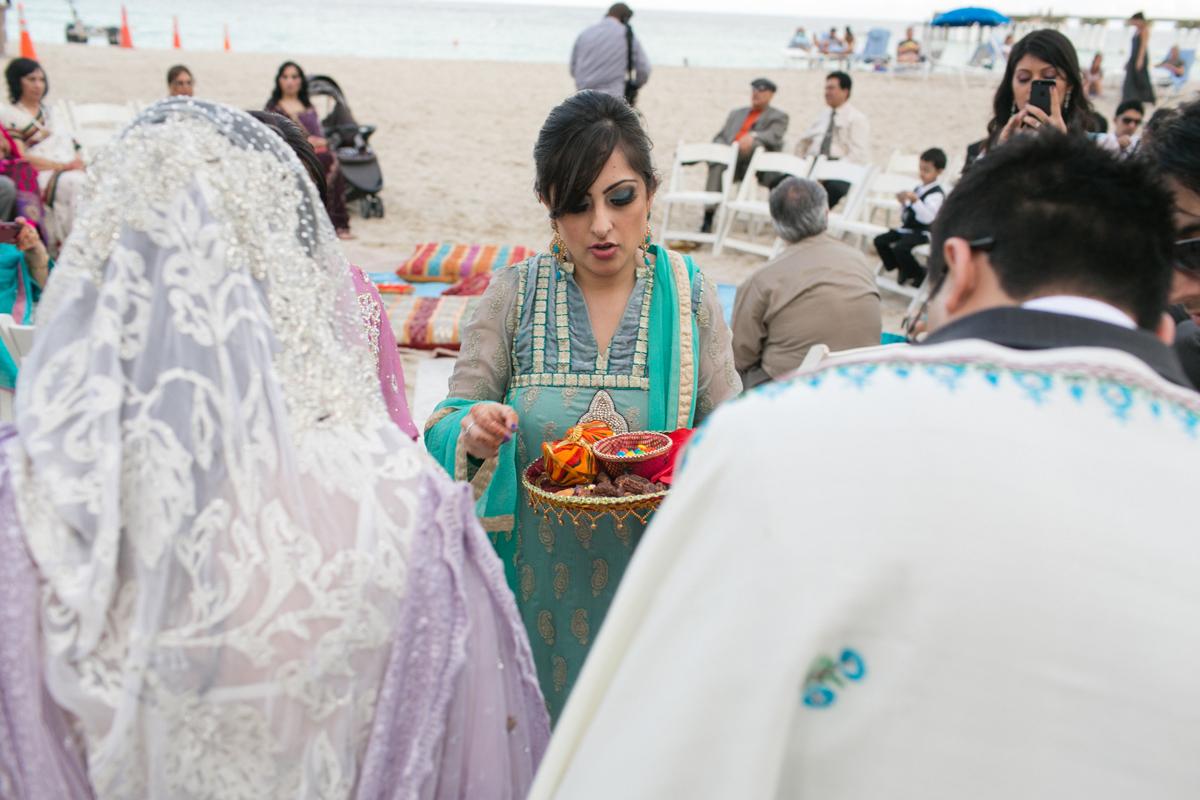 Newport_Beach_Sunny_Isles_Florida_Indian_Wedding_26