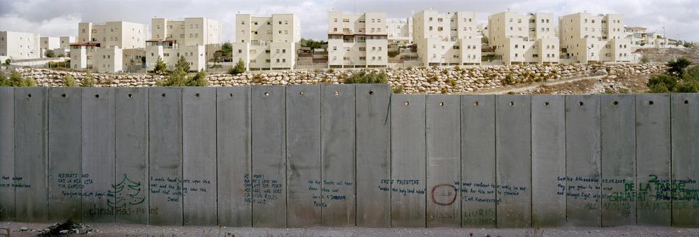 1430IL_settlement_wall-Kopie.jpg