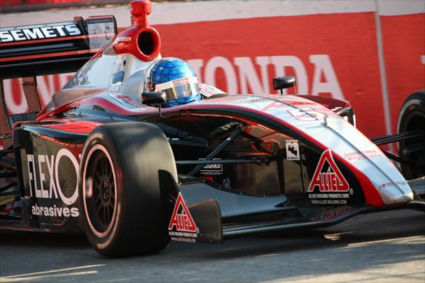 04 2010_torontos_firestone_indy_lights_race.jpg