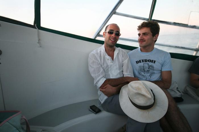 9moisessammyboat.jpg
