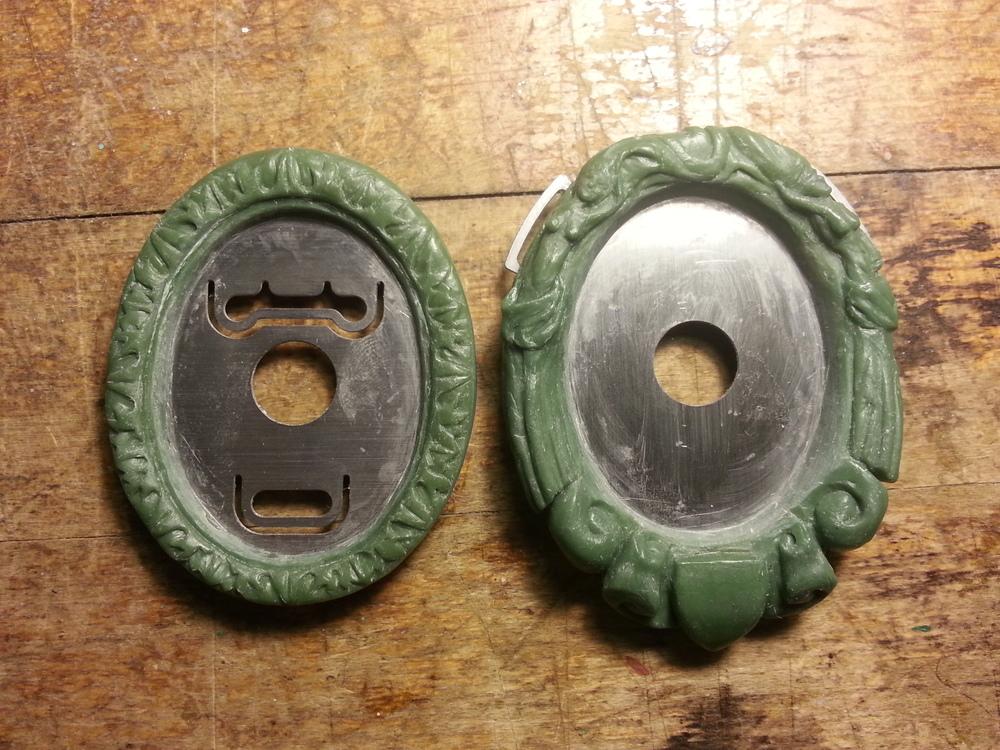 Left: Bolo tie. Right: Ribbon-strung pendant.