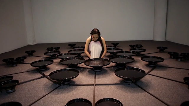 Artist Uses Brain Waves of Her Emotions to Manipulate Water