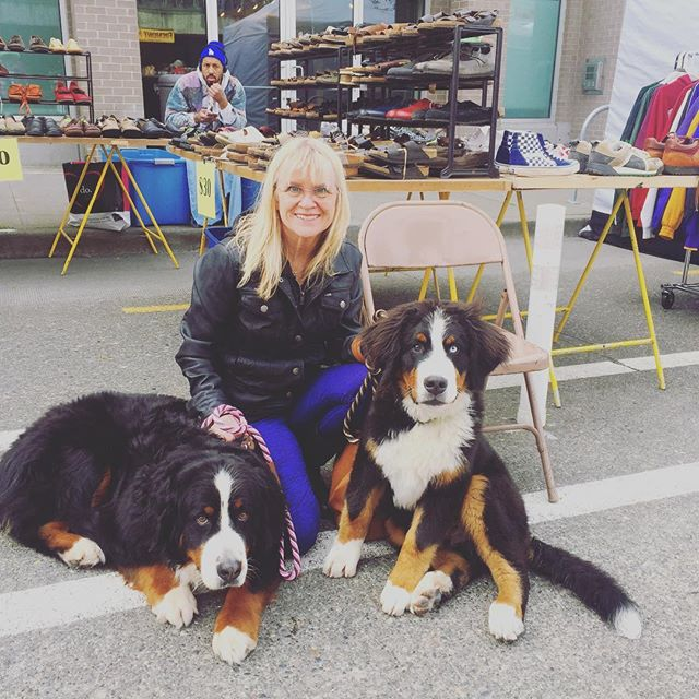 Thanks for joining us today! What a bunch of cute pups, Indigo and Bailey with their mother, Karen! Dog-friendly since 1990!