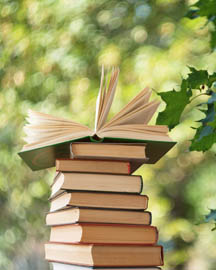 books-in-garden_web.jpg
