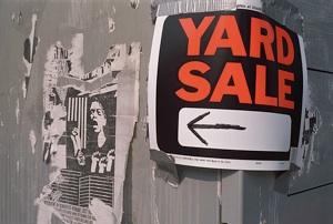 yardsale2.jpg