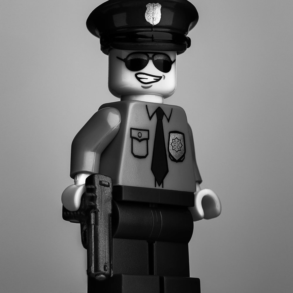 Cop-Mono-insta.jpg