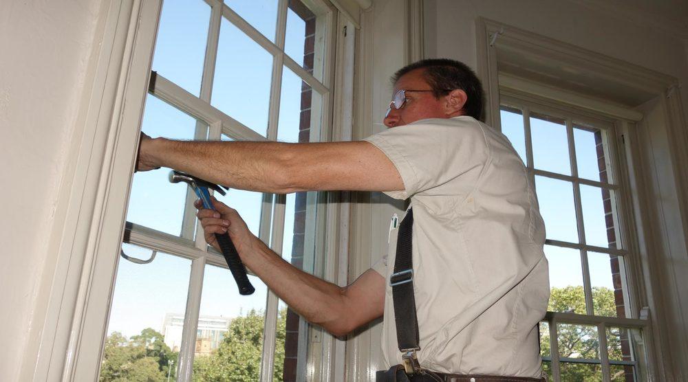 sash-window-repairs--henry.jpg