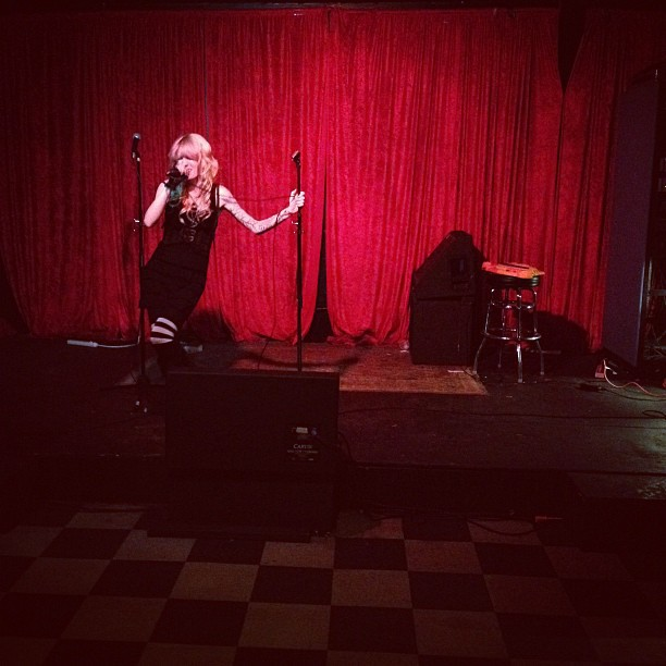 And now @sammi_doll on vocals, boys and girls (Taken with  instagram )