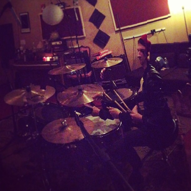 Justin's been drumming so long that he's falling to pieces #recording #newalbumgreatness