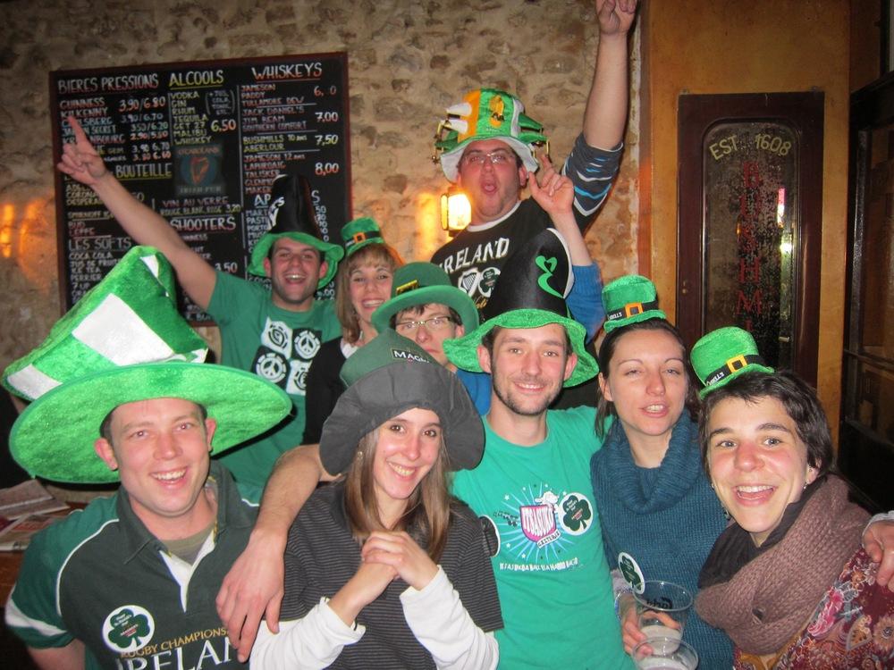 Party-in-O'Carolans3.jpg