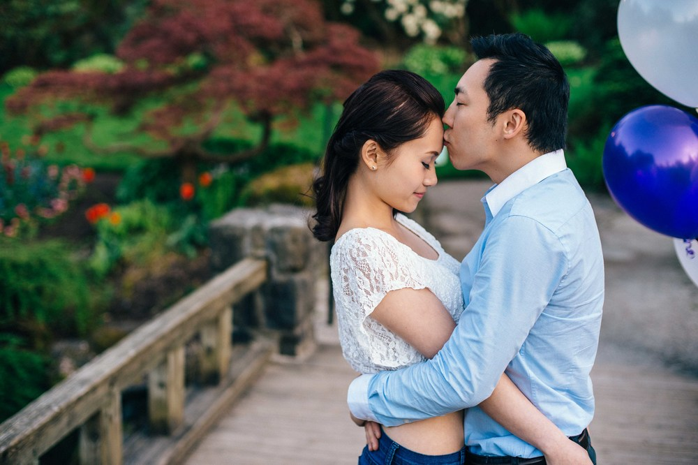 Vancouver Queen Elizabeth Park engagement photography edward lai-2.jpg