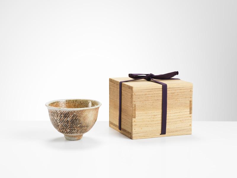 Tatsuzo-Shimayoka-Teabowl_Image-Michael-Harvey_Oxford-Ceramics-Gallery.jpg