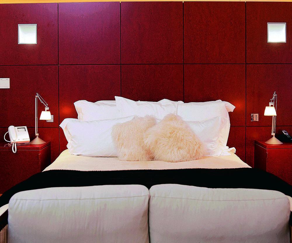 22-Bed.jpg