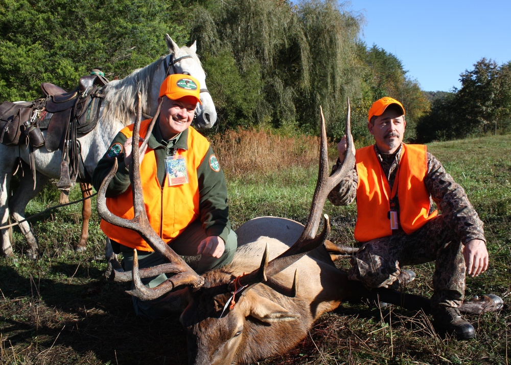 TWRA Executive Director Ed Carter pictured with Chuck Flynn in October 2009. Flynn took the very first elk in Tennessee since the last documented kill in 1865.