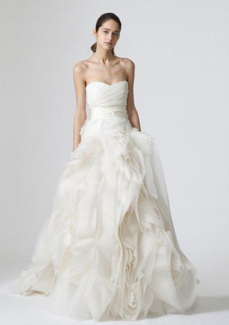 vera-wang-2013-bridal-collection-fall-vera-wang-bridal-collections-2013-463x657