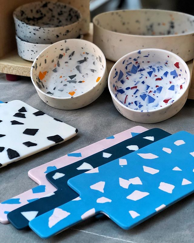 Looking for an Xmas gift? For a loved one your even yourself? Head over to @canopy_market in King's Cross and pop by the @troupingcolour stall where you can pick up a cheeseboard of mine and browse all the gorgeous work from fellow makers @ktgillies_surfacedesign + @isobelhigley + @tropeldesigns + @harrietcaslin + @louisetuckerstudio + @beatricelarkin + @ceramicsmix  13-16 December, Thurs + Fri 12-8pm, Sat + Sun 11am-6pm  #craft #parian #ceramics #ceramic #contemporaryceramics #terrazzo #porcelain #servingboard #terrazzodesign #tableware #designermaker #keramik #shophandmade #shopindependent #livefolk #cheeseboards #handmade #interiors #bowls #clay #pottery #handcrafted #kingscross #xmasmarket