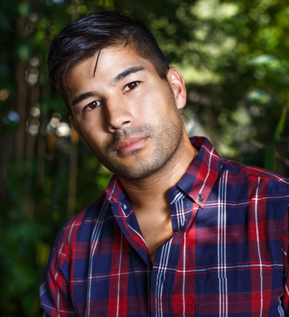 guy-wear-plaid-shirt-winter-park-florida-photo.jpg