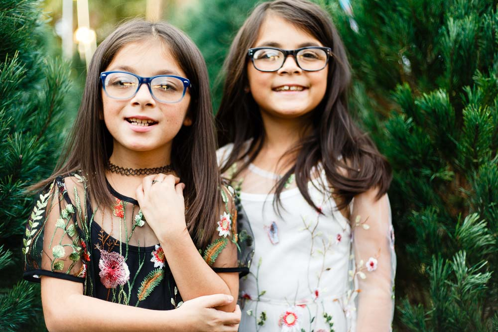 sisters-glasses-orlando-photographer-portrait.jpg