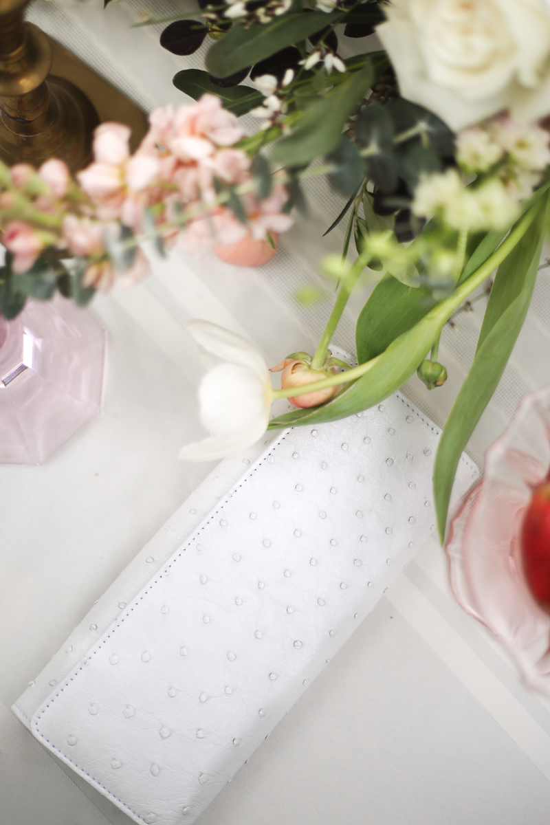 bridal-clutch-orlando-photographer-inbloom-florist.jpg