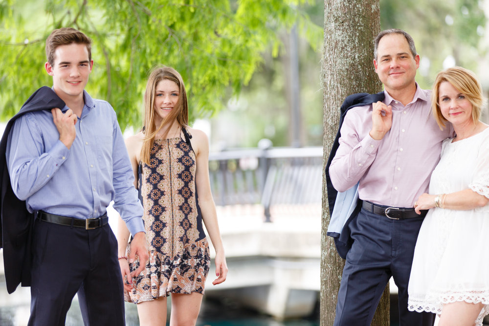 lake-eola-photo-family-portrait.jpg